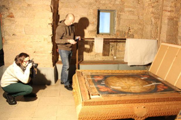 Хранительскую службу Софийского собора посетили реставраторы Государственного Русского музея